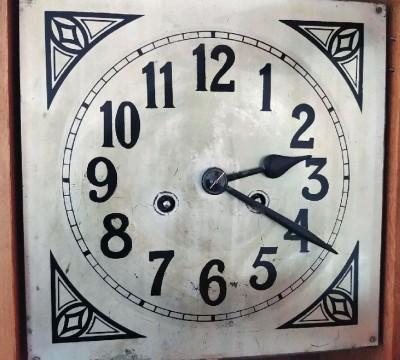 klokke-utsnitt